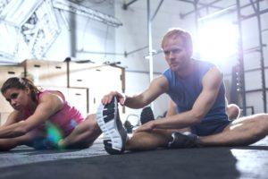 Dass die Füße beim Sport schwitzen ist ganz normal aber übermäßiges Schwitzen kann ein Anzeichen für einen Schweißfuß sein.
